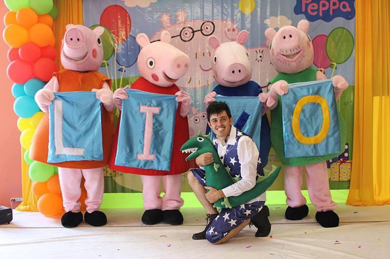 Evento com a participação da Familia Pig – em Treze Tílias