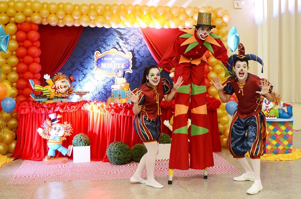 Animação da festa do Miguel, com o tema Circo