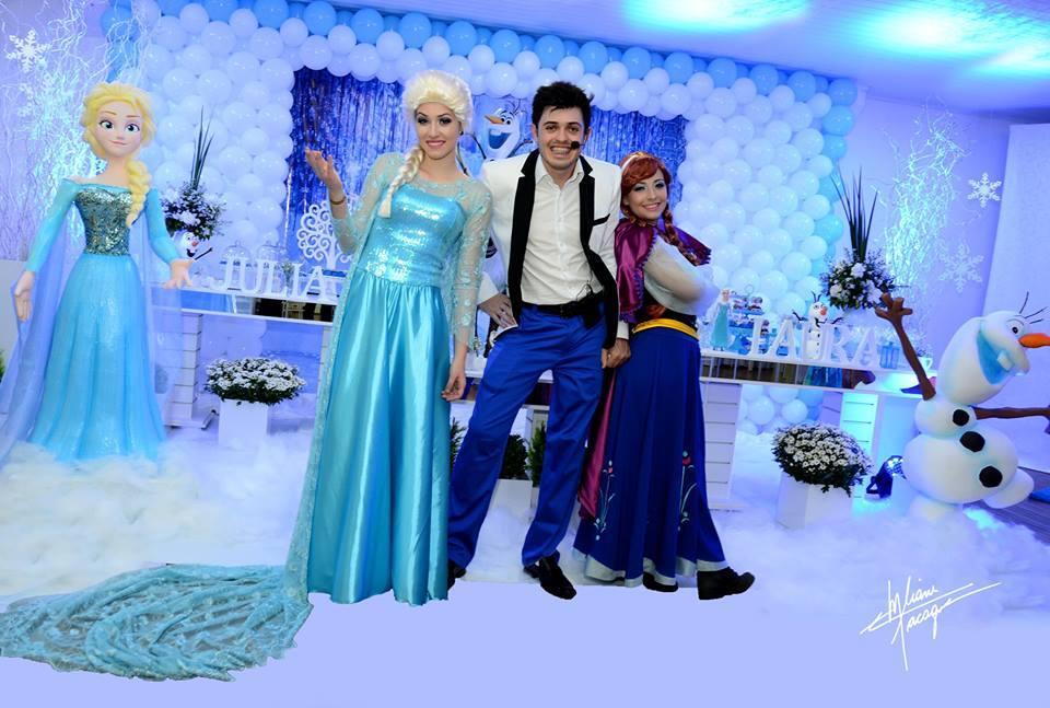 Animação da Festa da Julia e da Laura – No Zigzigzah em Joaçaba – Com o Tema Frozen